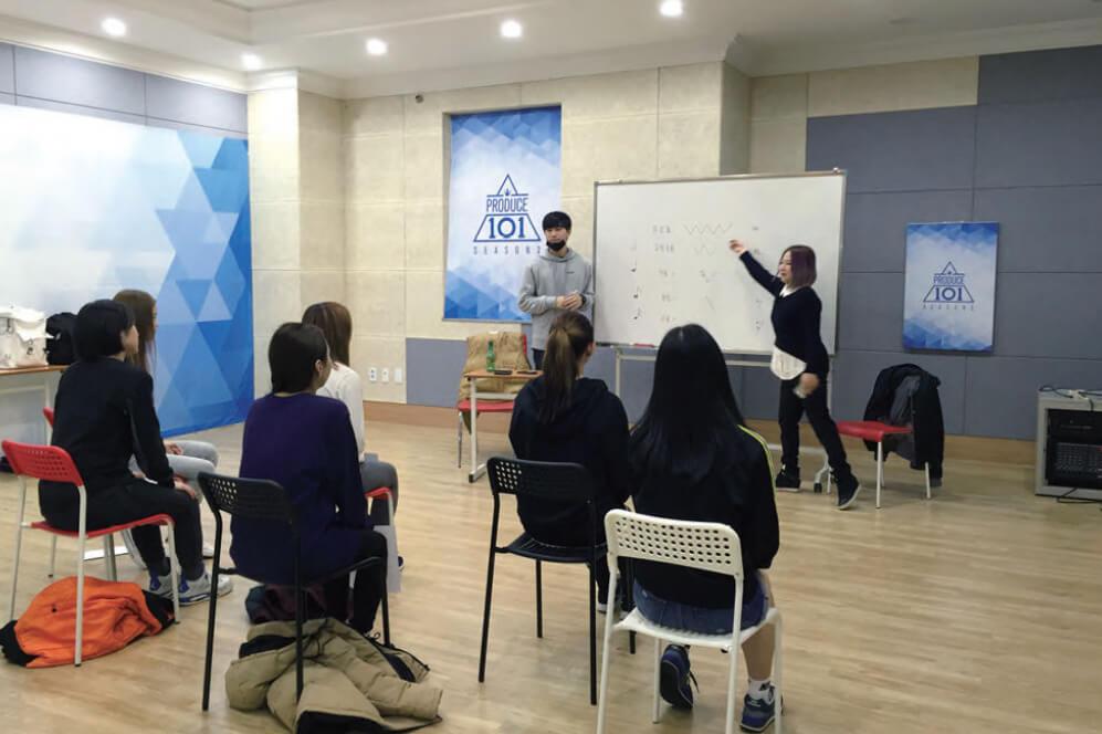 韓国語や楽曲提供など実践的な活動を展開!